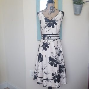 Jessica Howard Formal Floral Dress with Bows